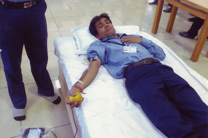 Saving lives a blood donation camp at GPL